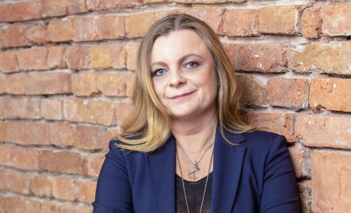 Podcast Kádár Judittal, a TE nemzetközi igazgatójával